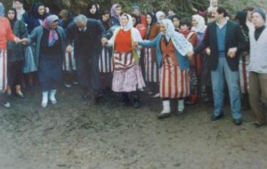 Trabzon Şalpazarı'nda kadın ve horon